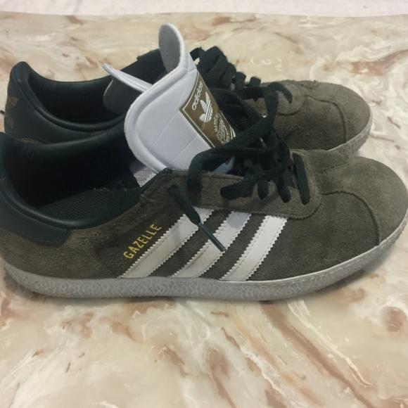 Le Adidas Gazzella Uomini Verdi 8 12 Poshmark